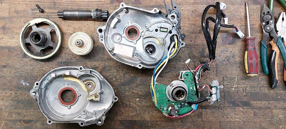 Разбор двигателя Yamaha PW Giant REIGN E+ 2 PRO..